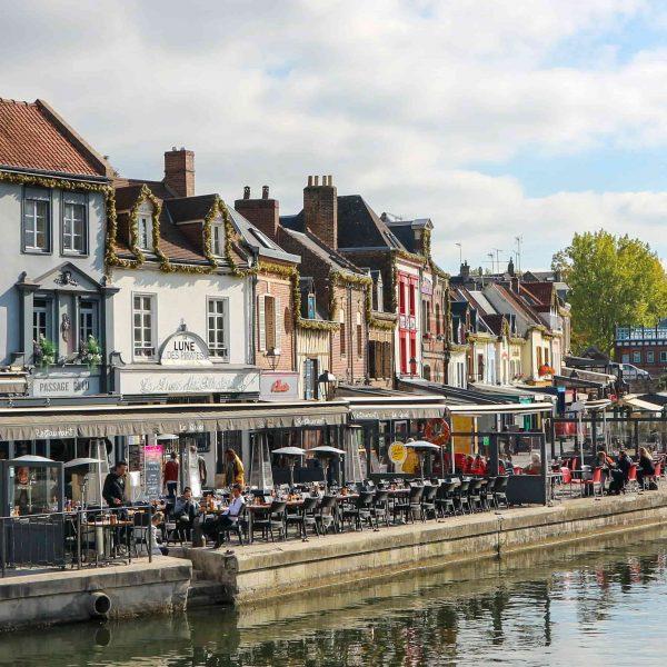 5 raisons de réserver votre activité team-building de jeu de piste dans les Hauts-de-France